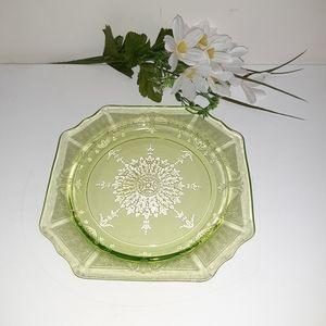 Vintage 1930's Uranium Depression green glass